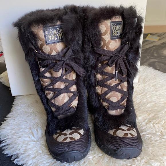 Coach snow boots with rabbit fur trim